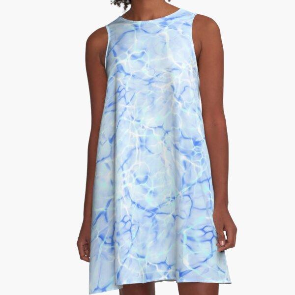 Schimmerndes Wasser Blau Türkis A-Linien Kleid