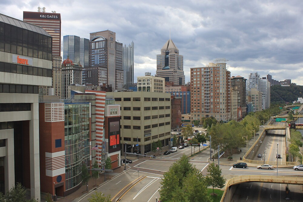 Downtown Pittsburgh by modernmana