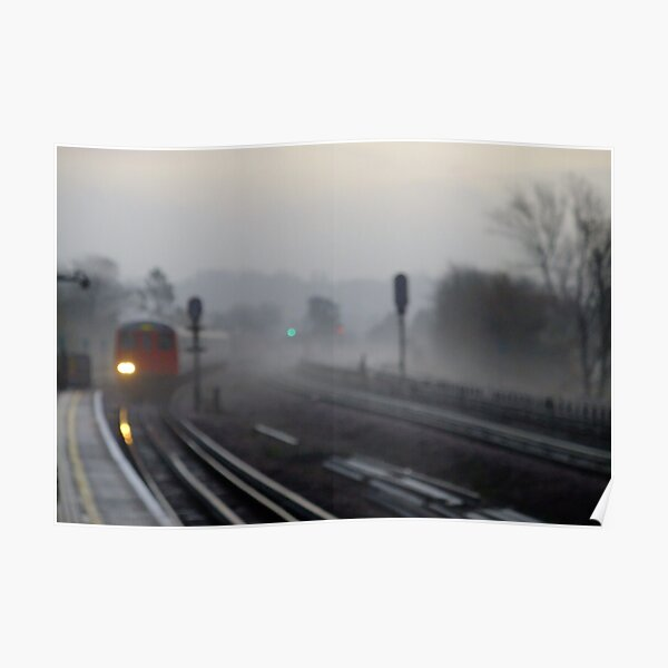 Foggy morning (Arrival) Poster