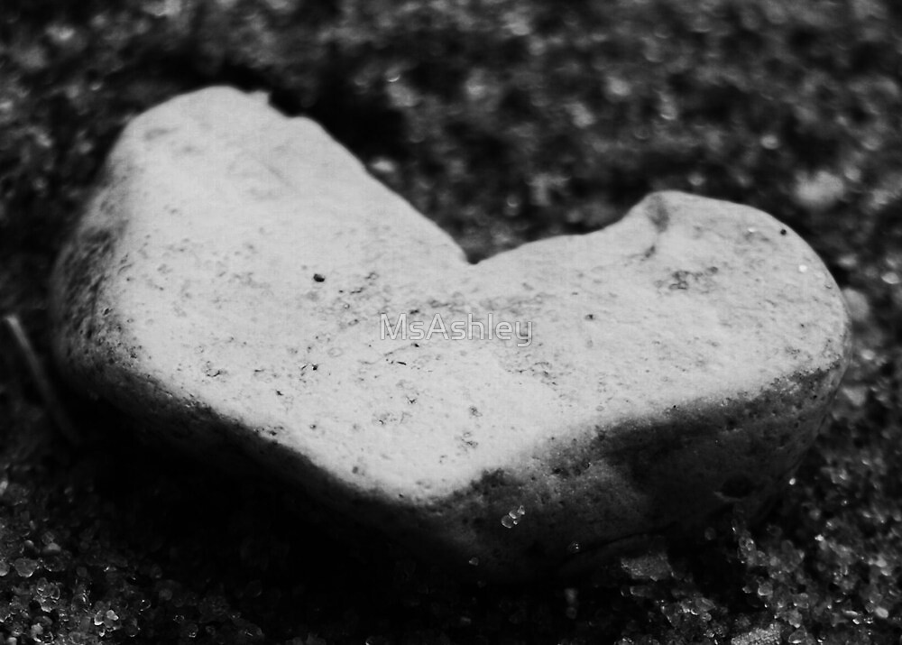 Lover's Heart Left on the Beach by MsAshley