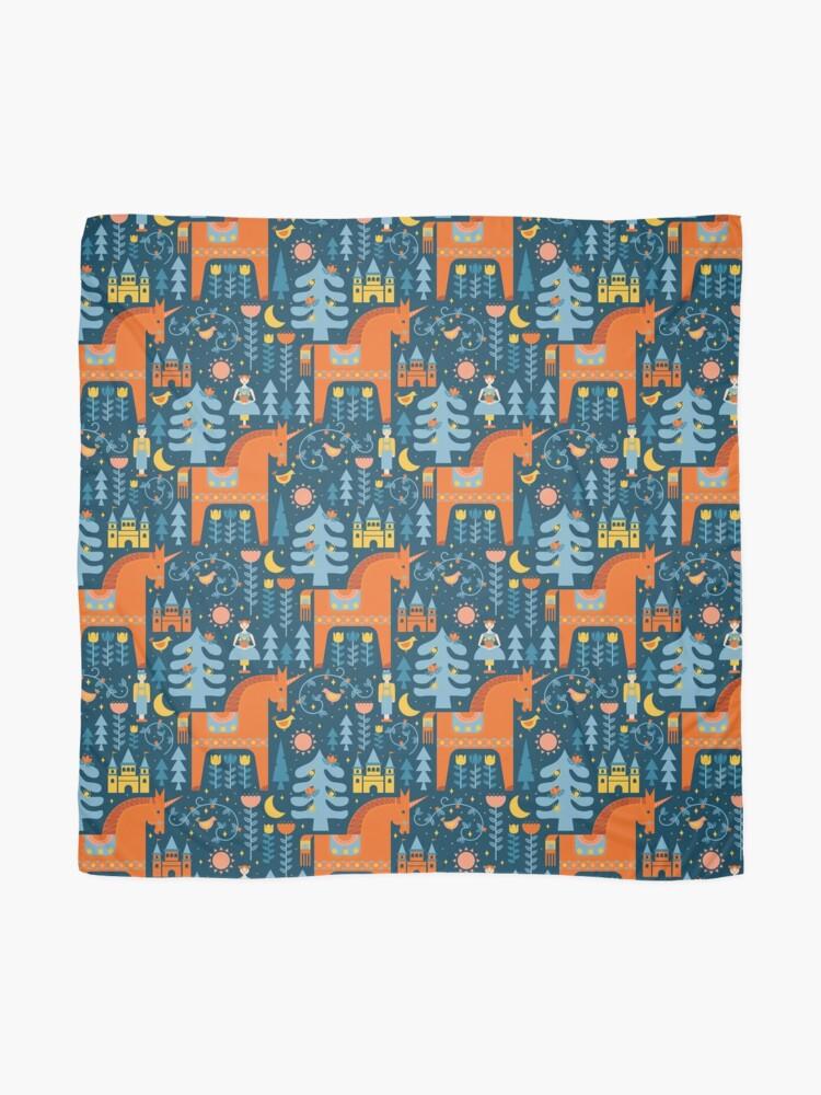 Alternative Ansicht von Märchen in Blau + Orange Tuch