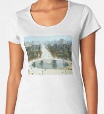 FROM LA ROUE DE PARIS ON BOXING DAY Premium Scoop T-Shirt