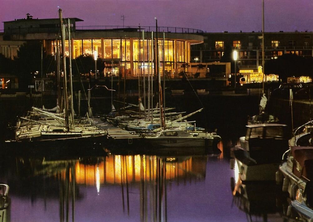 « Royan port de nuit, années 60 » par Francois Richet