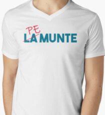 """Pe munte"", nu ""la munte"" Men's V-Neck T-Shirt"