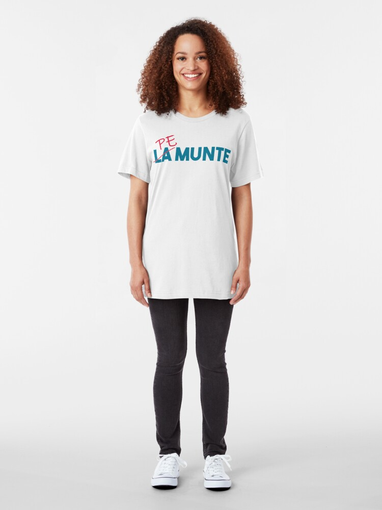 "Alternate view of ""Pe munte"", nu ""la munte"" Slim Fit T-Shirt"