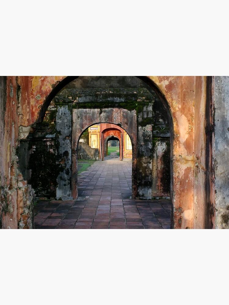 Hue Citadel Arch by alexsupertramp