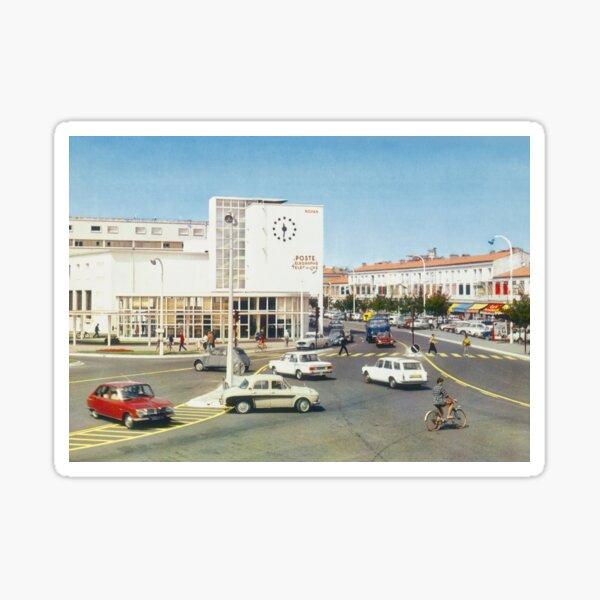 La poste de Royan dans les années 60 Sticker