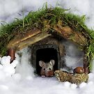 Christmouse  christmas mouse in a  snow house  by Simon-dell