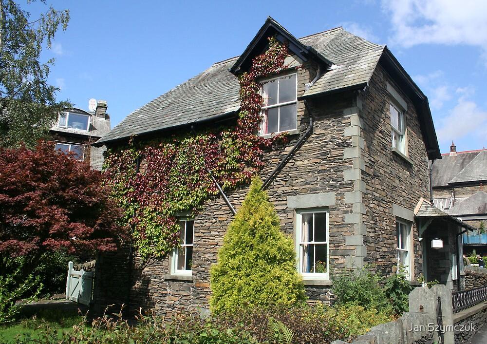 Old Flint House, Ambleside, Lake District by Jan Szymczuk