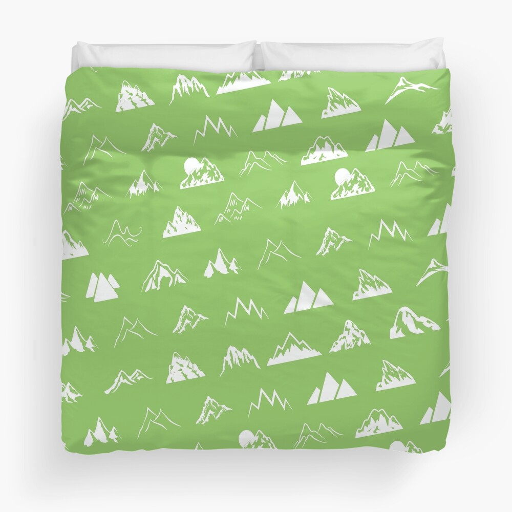 Mountains all over Duvet Cover