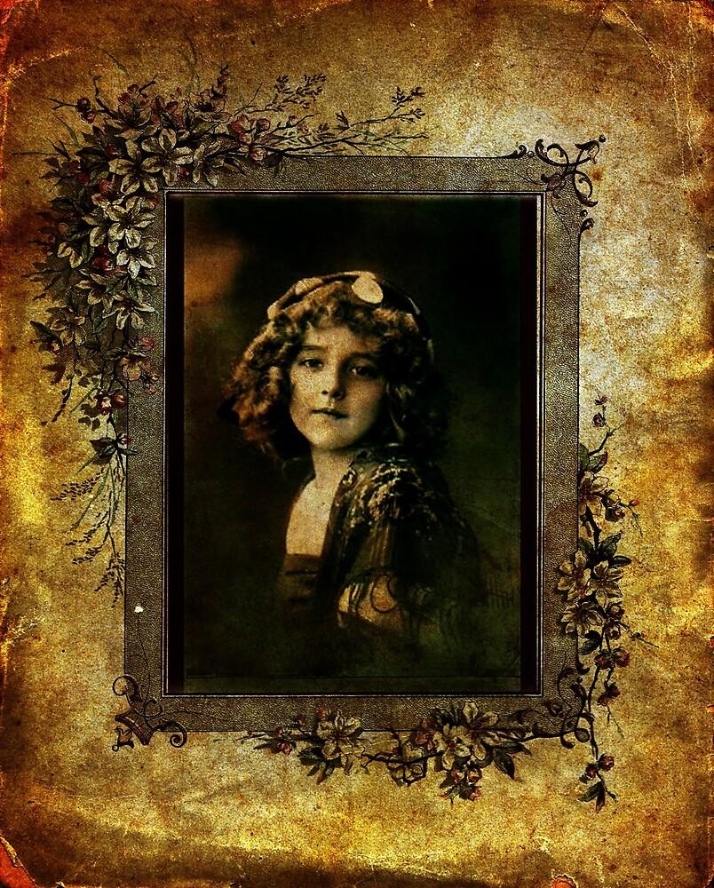 Vintage Girl by © Kira Bodensted