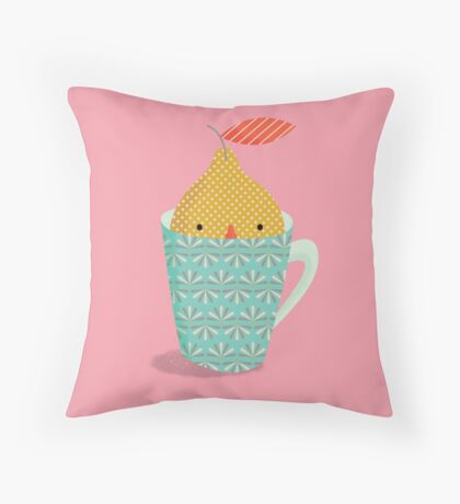 lemon in a cup Throw Pillow