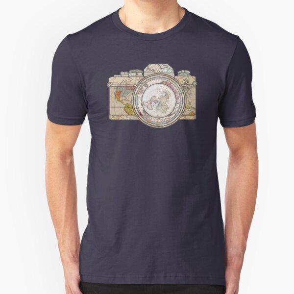 Karte Kameragehäuse und Linse Vintage Look Slim Fit T-Shirt