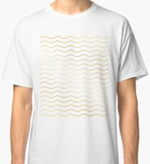 Pattern wave gold gift Classic T-Shirt