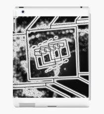 Cube Mirror - Water iPad Case/Skin