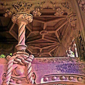 Quinta da Regaleira. QR Column by terezadelpilar