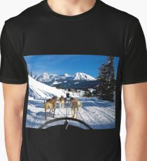 Dog Sledding in Wyoming Graphic T-Shirt