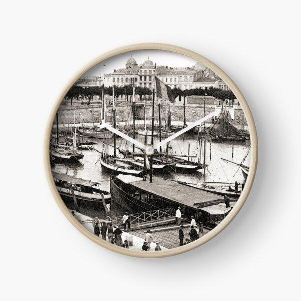 Port de Royan, années 1900 (2) Horloge