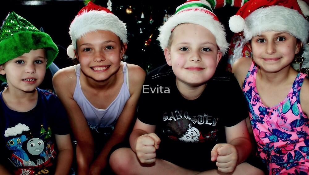2018 - Merry Christmas   by Evita