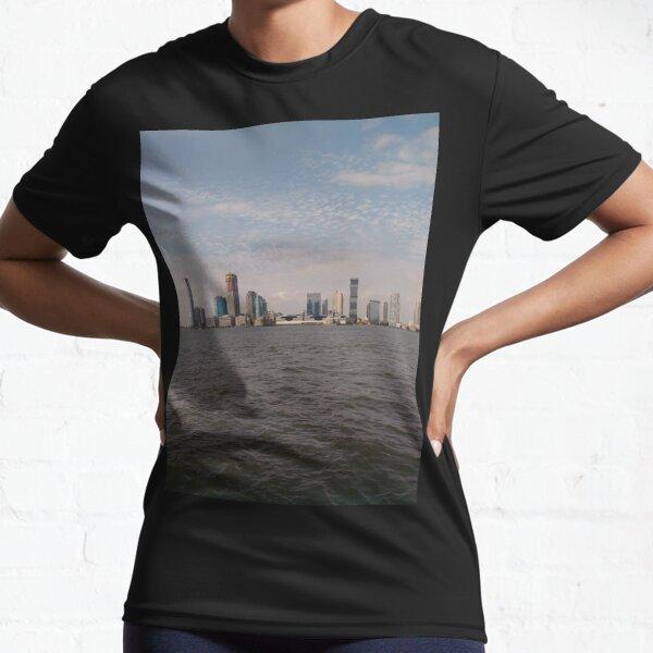 New York City, Manhattan, New York, downtown, #NeeYorkCity, #Manhattan, #NeeYork, #downtown, #buildings, #streets, #avenues, #skyscrapers, #cars, #pedestrians Active T-Shirt