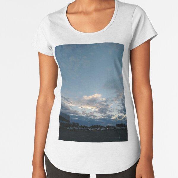 New York City, Manhattan, New York, downtown, #NeeYorkCity, #Manhattan, #NeeYork, #downtown, #buildings, #streets, #avenues, #skyscrapers, #cars, #pedestrians #Evening Premium Scoop T-Shirt