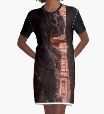Glimpse Graphic T-Shirt Dress