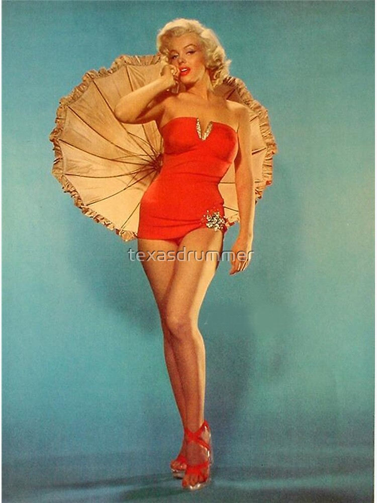 Marilyn with Umbrella by texasdrummer