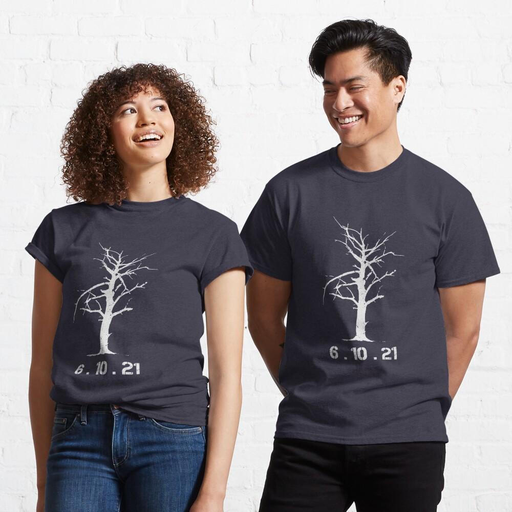 6.10.21 Tree (Blade Runner 2049) Classic T-Shirt