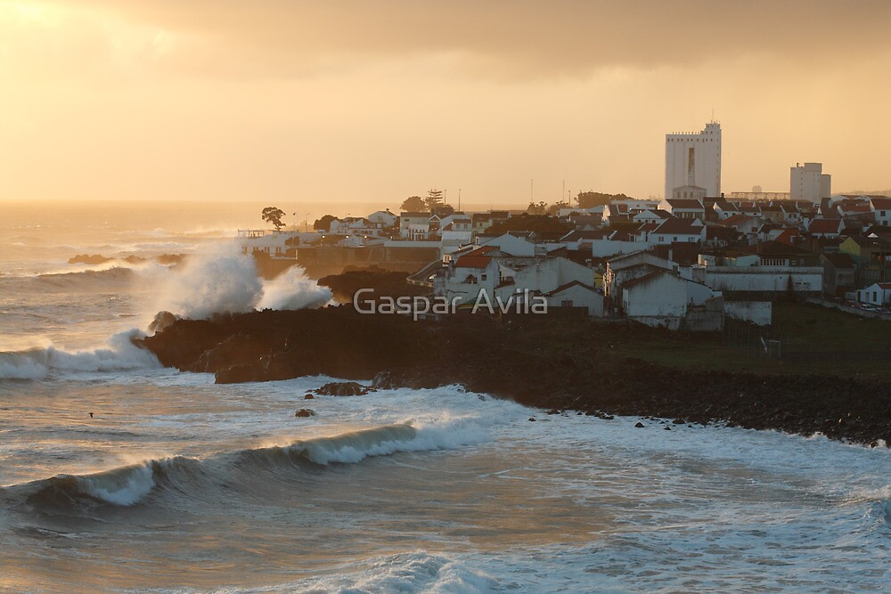 Stormy weather in Azores by Gaspar Avila