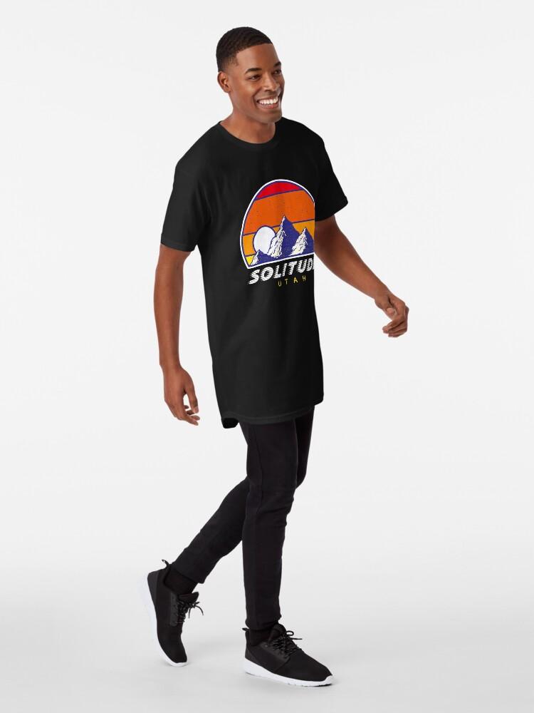 Alternative Ansicht von Einsamkeit Utah - USA Ski Resort 1980er Jahre Retro Kollektion Shirt Longshirt