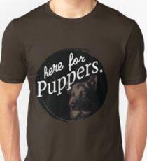 Hier für die Puppers-Letterkenny Slim Fit T-Shirt