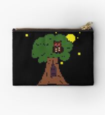 Tree at night Pixelart Studio Pouch