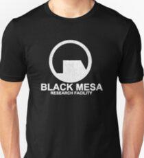 Black Mesa Research Facility Slim Fit T-Shirt