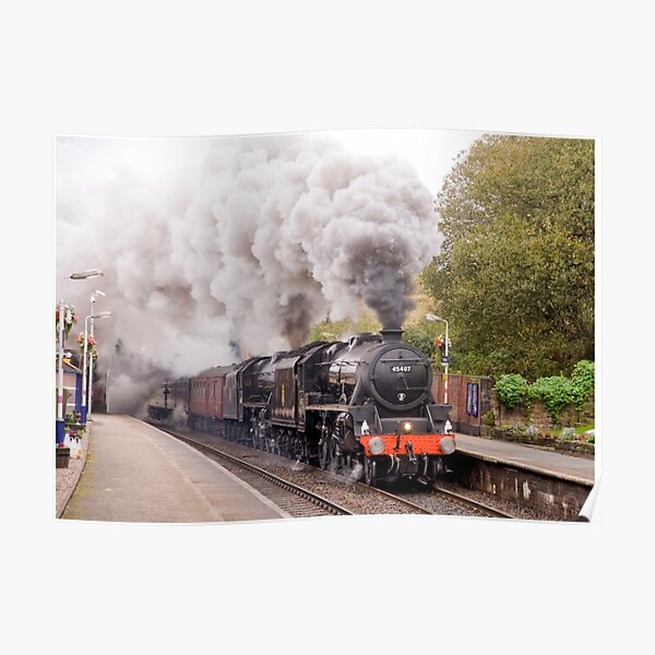"""Double headed Stanier """"Black Five"""" locomotives thunder through Hindley station. Poster"""