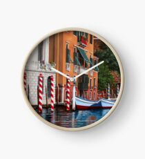 The red posts, Venice Clock