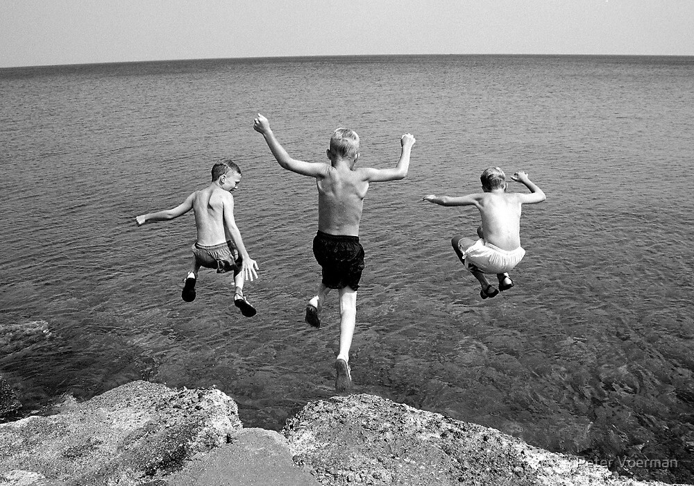 Threejump by Peter Voerman