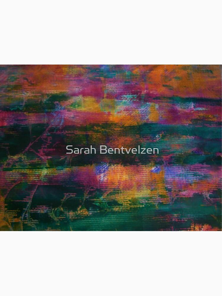 Colour Attack by sarahbentvelzen