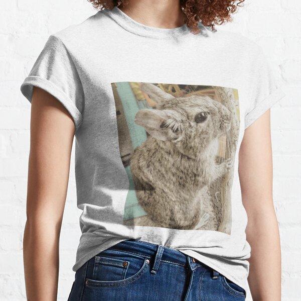Birds & Animals BA115b Classic T-Shirt