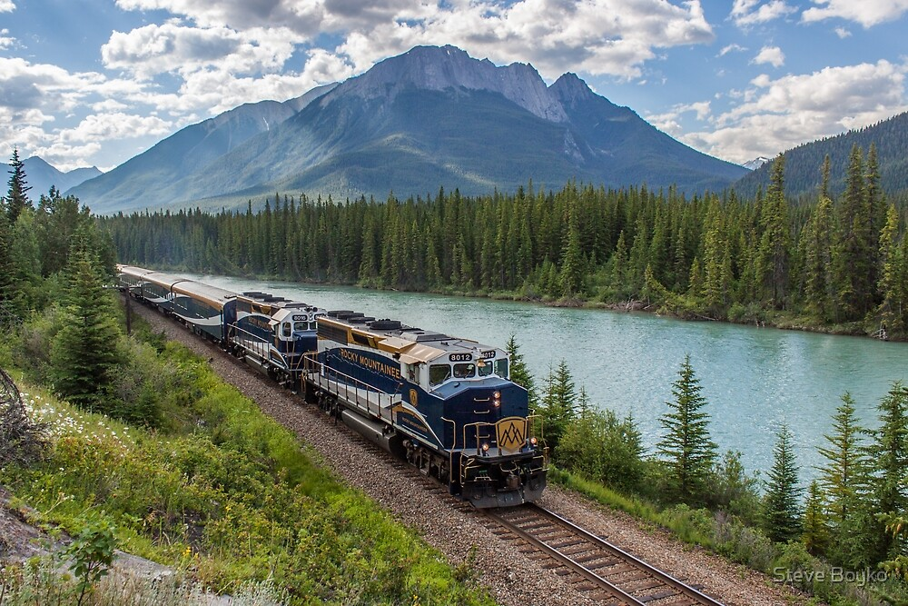 Rocky Mountaineer at Muleshoe by Steve Boyko