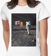 Super Mario On the Moon Women's Fitted T-Shirt