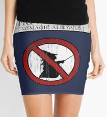 No magic allowed Mini Skirt