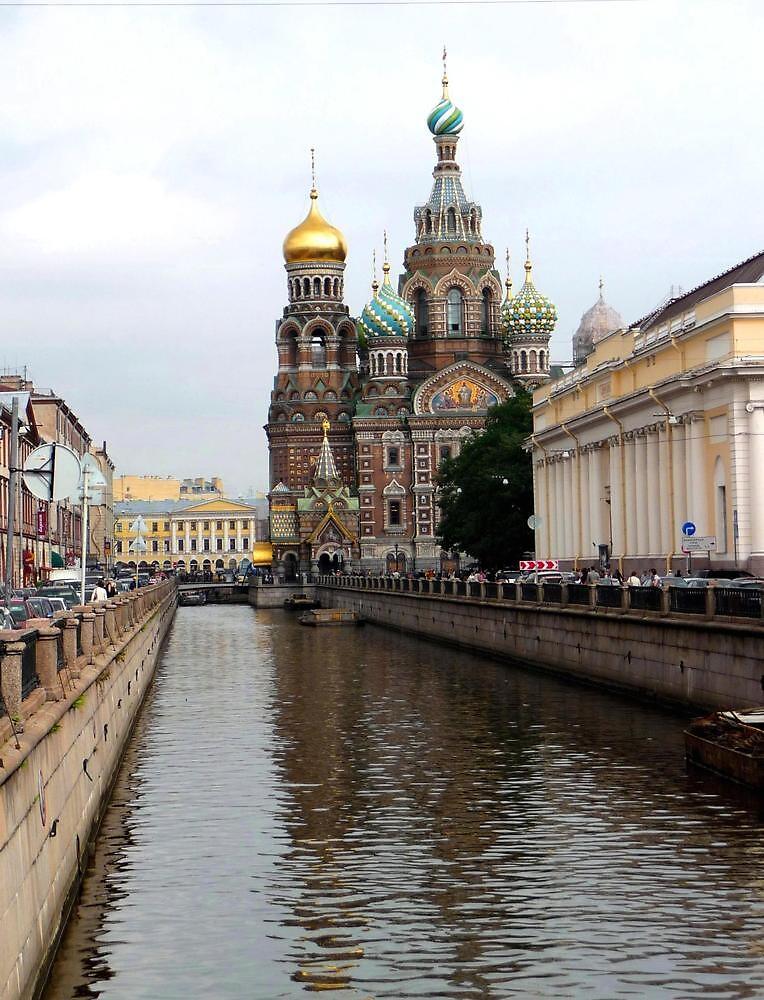 St Petersburg Canal by Braedene