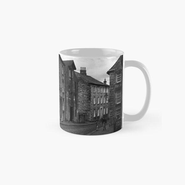 Street Scene, Lancaster, England Classic Mug