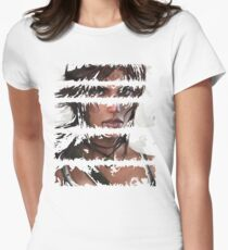 Lara Croft Torn Women's Fitted T-Shirt