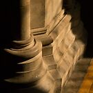 Southwark Cathedral - columns by newbeltane
