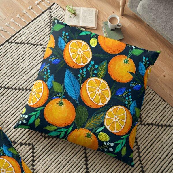 Orange Bloom Bodenkissen
