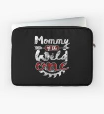Mommy of the Wild One Shirt Lumberjack Woodworker Sawdust Buffalo Plaid measure once plaid pajamas cabinet maker contractor wood timber working tools Laptoptasche