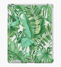 Green tropical leaves II iPad-Hülle & Klebefolie