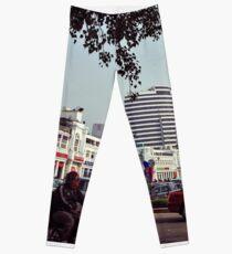 India. New Delhi. Leggings
