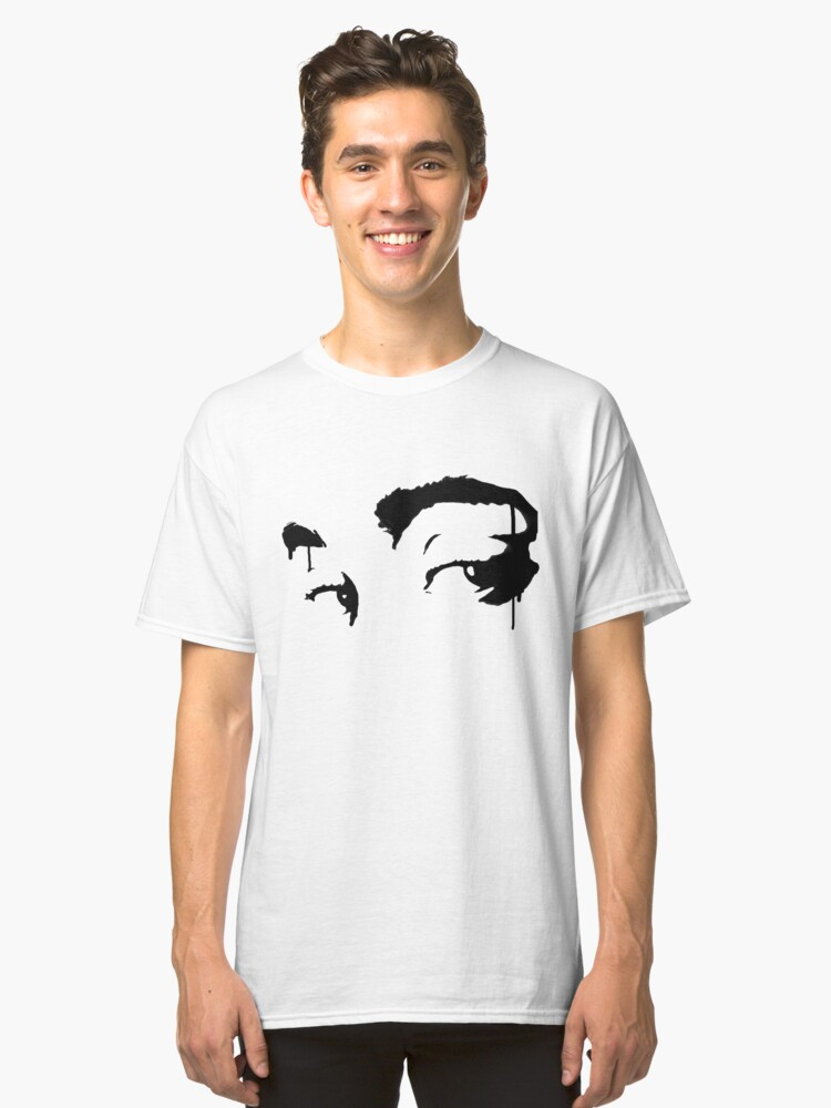 Eyes on me Classic T-Shirt Front